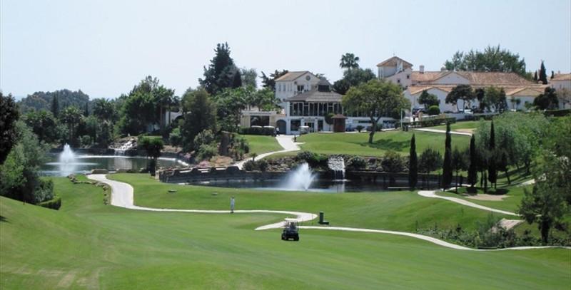 campos de golf marbella